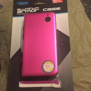 Accessories - Nintendo DSi XL Hardcase